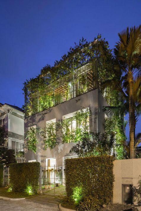 Les-Architectes-de-VTN-ont-conçu-une-Maison-vietnamienne-avec-un-Espace-vert-à-lIntérieur-08