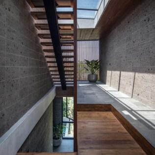 modern-house-wood-steel-stairs-skylights-100220-1207-06