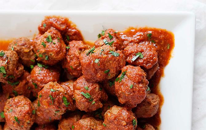 Boulettes-de-boeuf-a-la-sauce-tomate-au-Cookeo