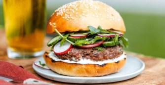 Burger au bœuf du Québec façon kefta