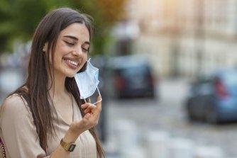 Le maskné: ce que vous devez savoir pour mieux l'éviter