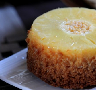 Gâteau ananas et noix de coco