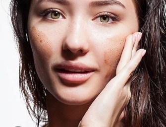 Voici ce qui arrive à votre peau lorsque vous l'exfoliez trop souvent