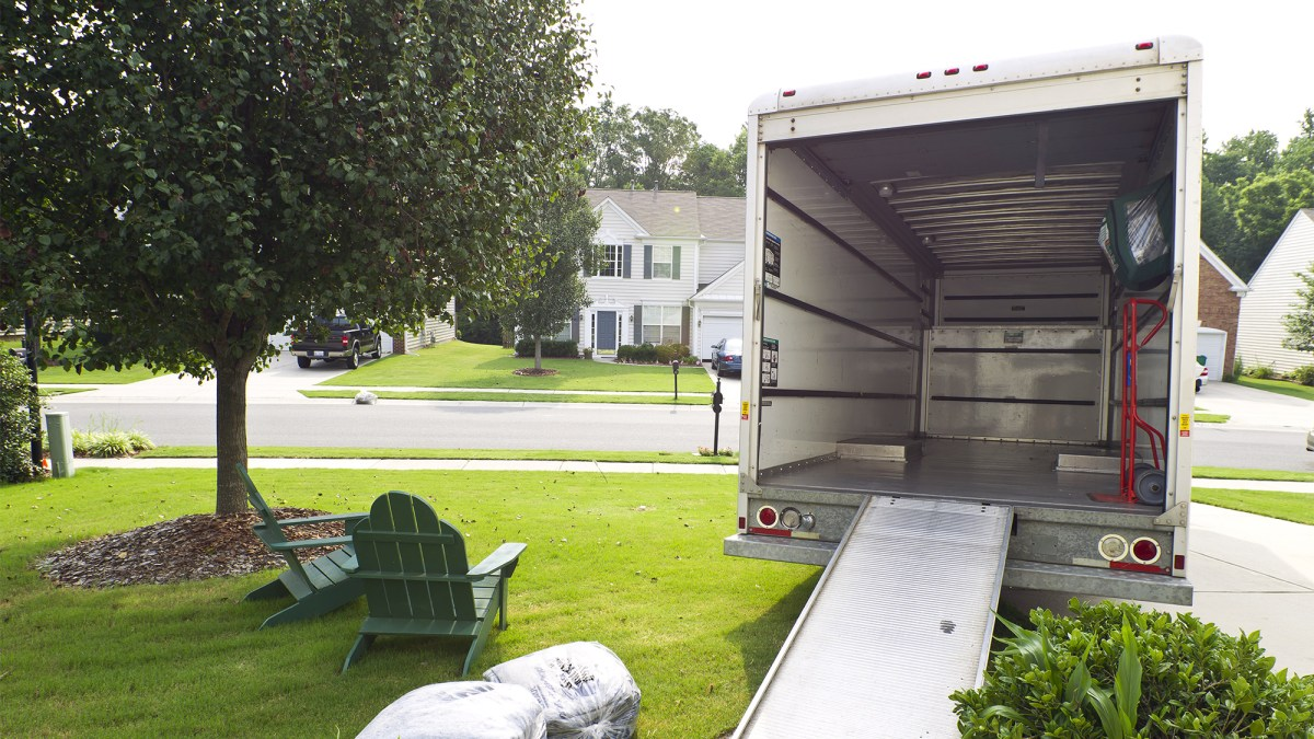 4 Important Things to Consider When Renting a Moving Truck