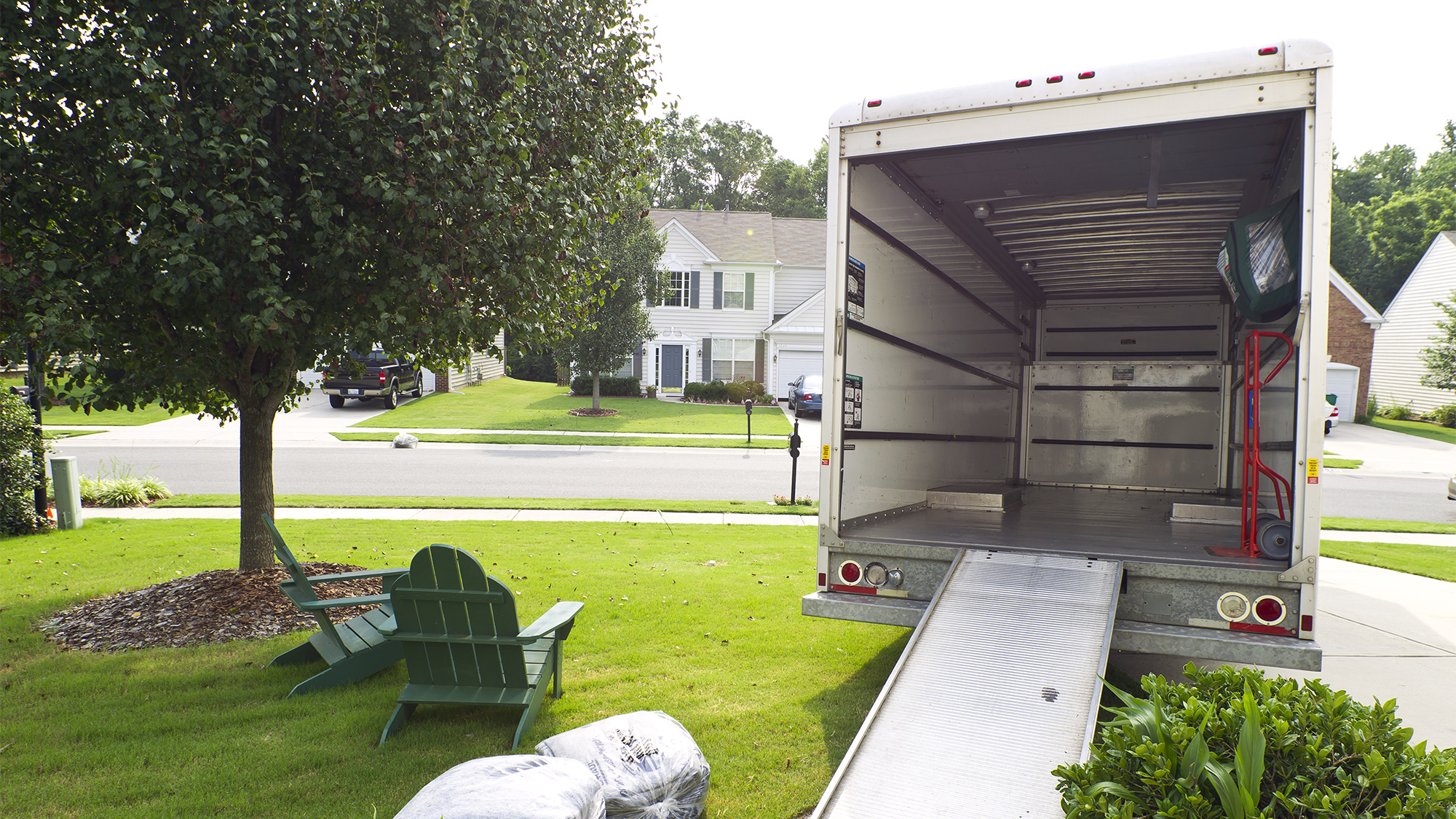 Good Looking For Ways To Cut Costs When Relocating? Consider A Do It Yourself  Move By Renting A Moving Truck From Companies Like U Haul, Budget, Penske  Or UPack.