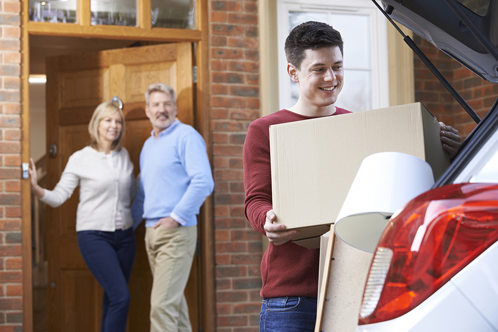 How To Move Out Of Your Parents House In 13 Easy Steps Moving Com