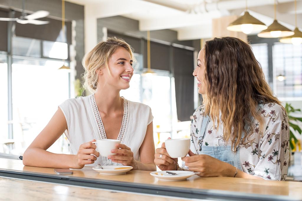 friends getting coffee