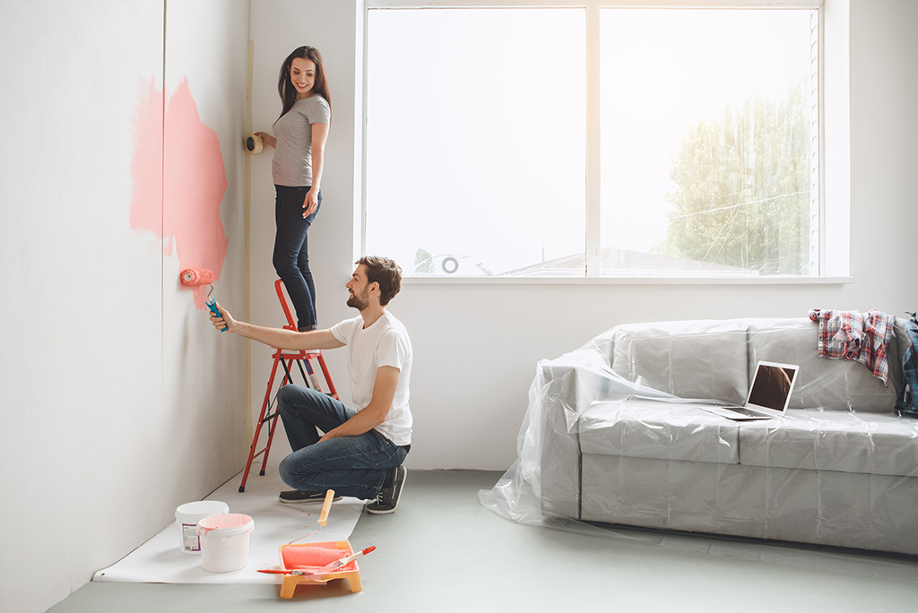 How to Pick the Right Colors for Your New Home