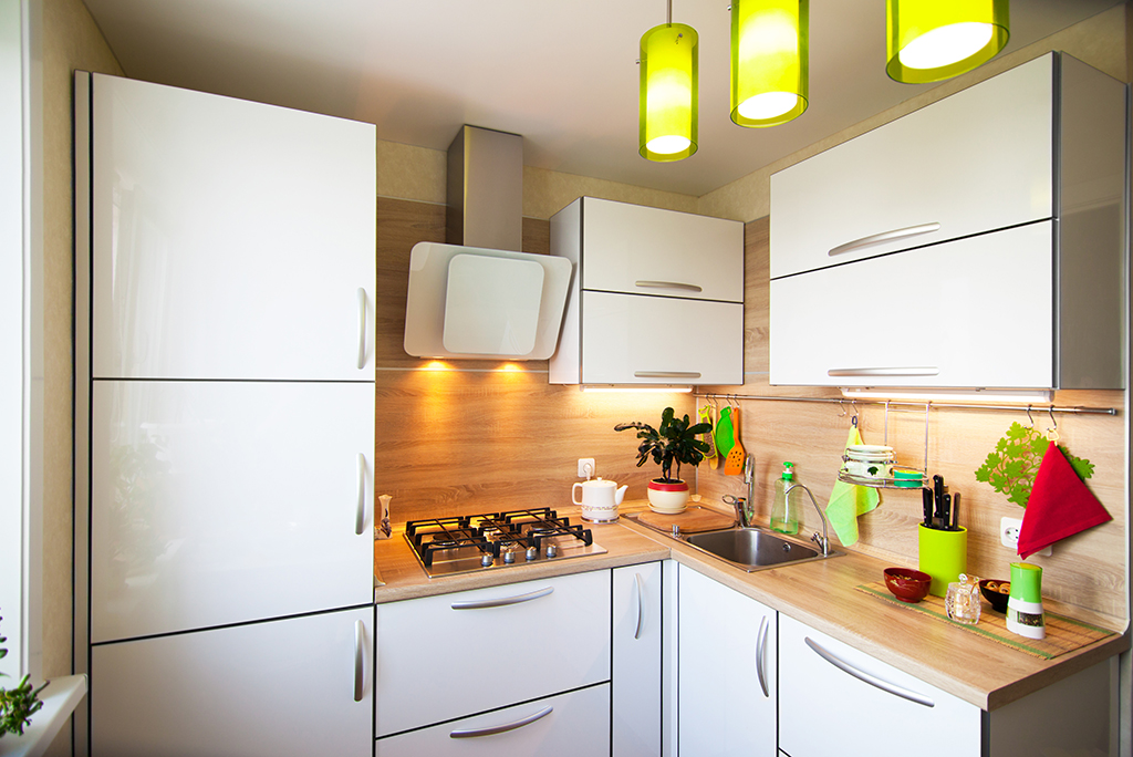 How to Unpack into a Small Kitchen