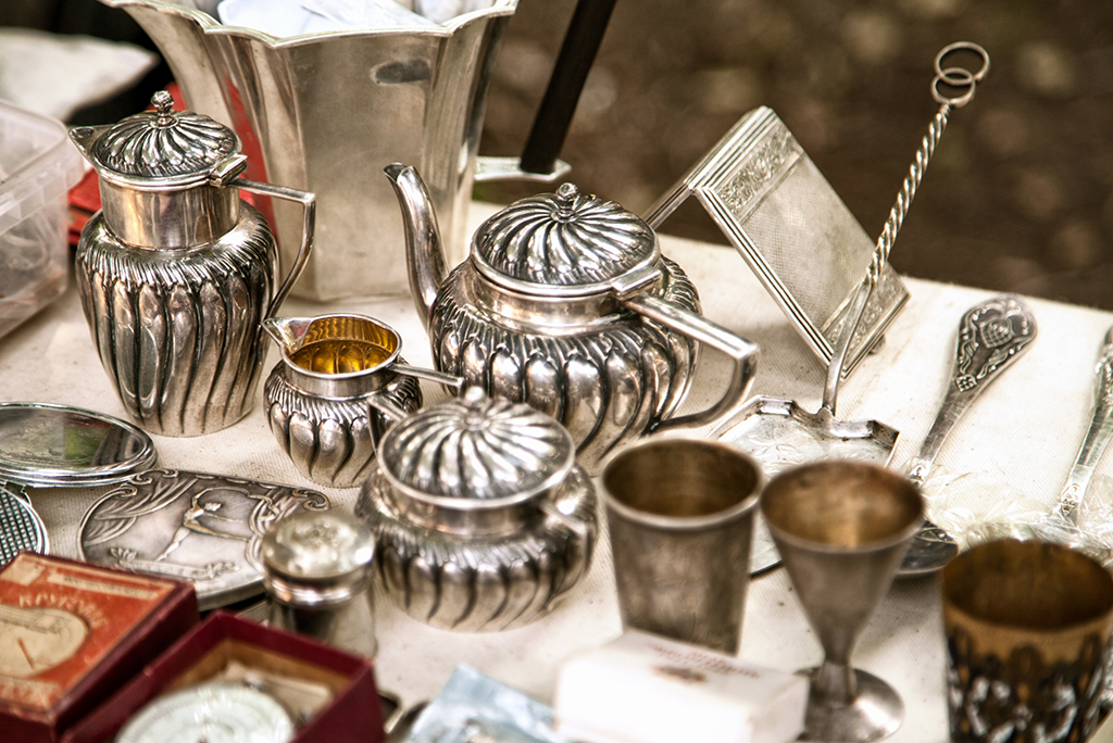 Tips for Packing and Moving Antiques
