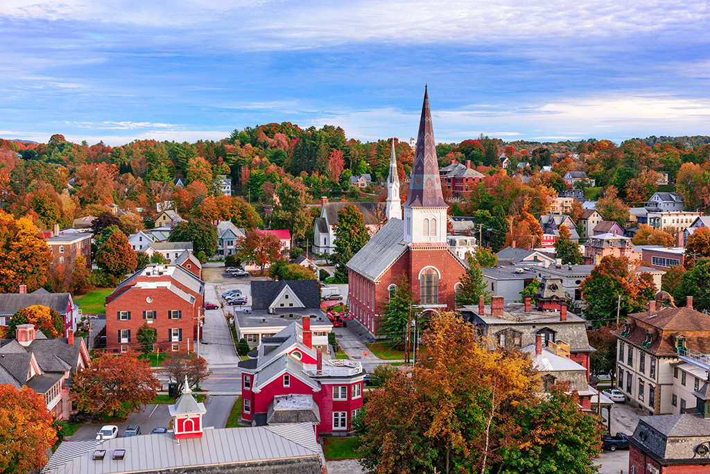 10 Reasons to Move to New England