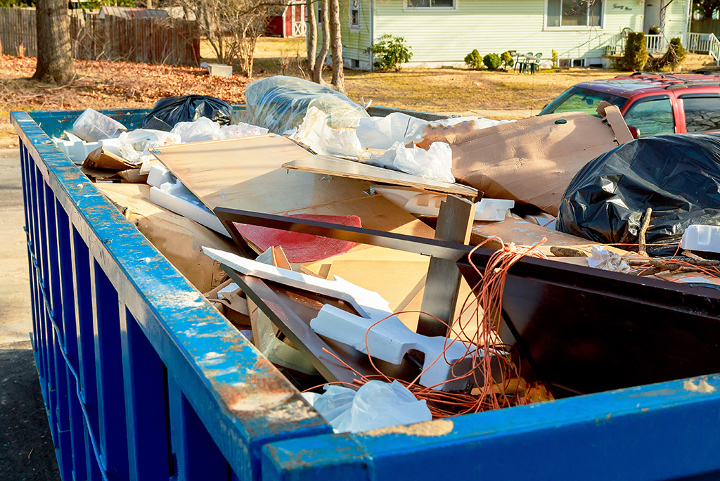 How Does Junk Removal Work? | Moving.com