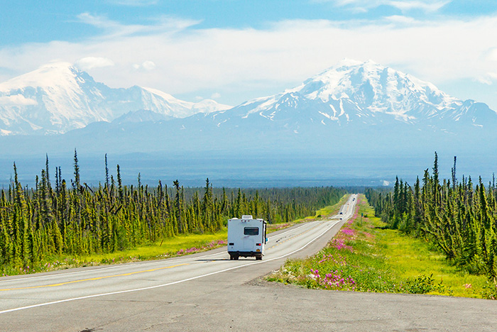 Your Guide For Driving to Alaska