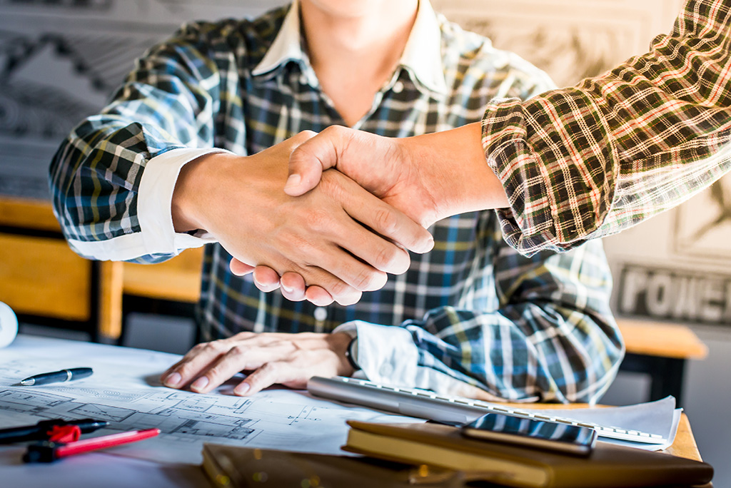 How to Choose Contractors