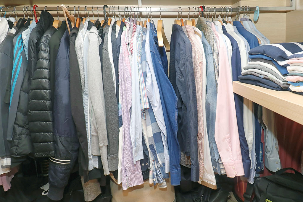 Organizing a Closet in Five Easy Steps