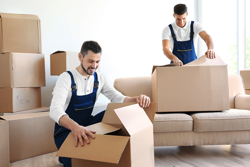 12 Tips for Moving During Peak Moving Season