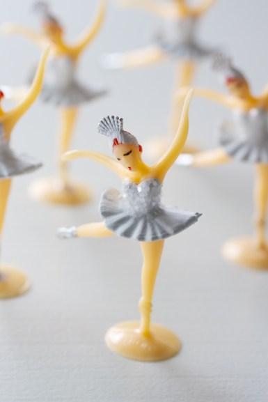 swan lake cupcake toppers | movita beaucoup