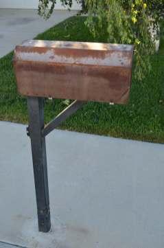 Mailbox 17