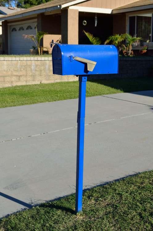 Mailbox 33