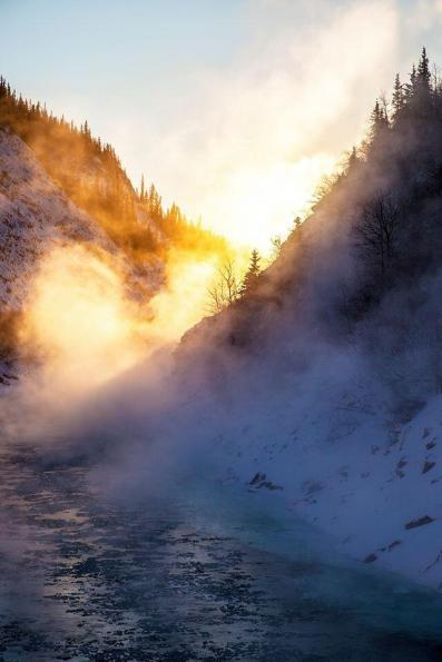 Ever wonder what an open river looks like at 35 below zero? Here is the Nenana River in Denali National Park in December. Tweeted by the US Department of the Interior, 12/18/13.