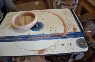All of the bowls got their bottom edge rounded on the router table.