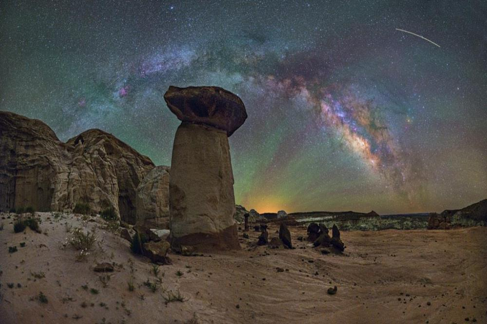 Utah's Grand Staircase-Escalante Natl Monument's Toadstools and the Milky Way. Photo by David Lane. Tweeted by the US Department of the Interior, 1/30/15.