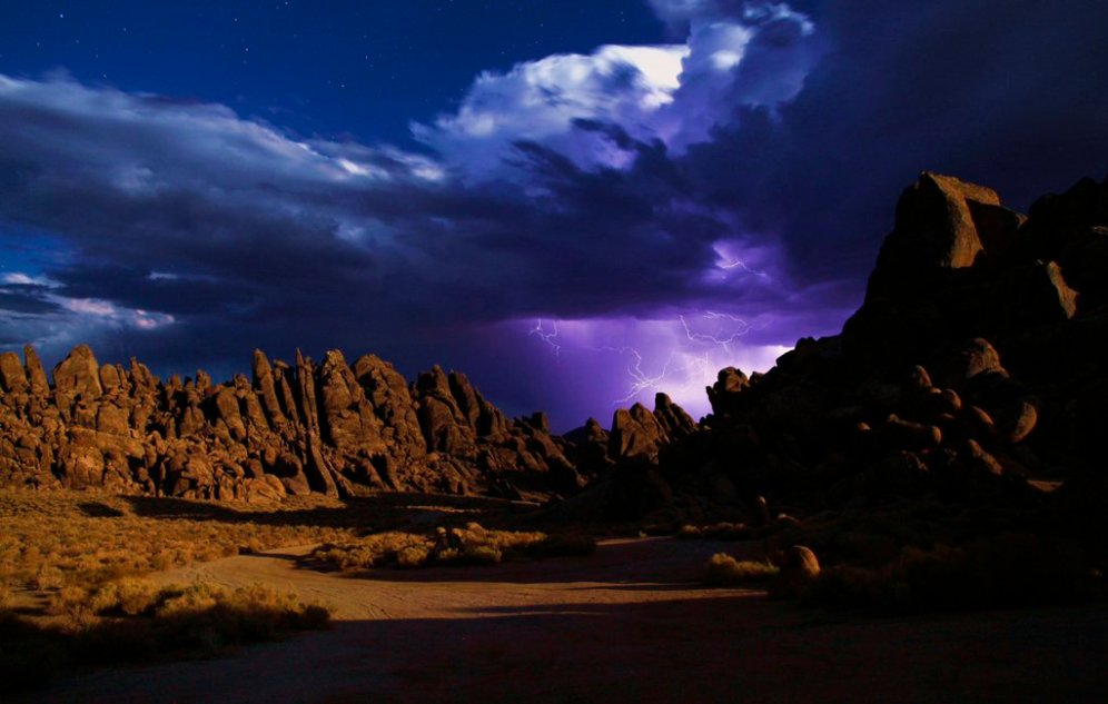 California's Alabama Hills National Recreation Area. Tweeted by the US Department of the Interior, 12/4/15.