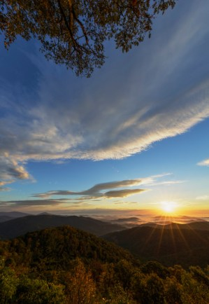 Why doesn't sunrise make a sound? A vision so beautiful seems to deserve a musical overture. But maybe, overwhelming your sense of sight is enough for dawn at Shenandoah National Park in Virginia. Photo by N. Lewis, National Park Service. Posted on Tumblr by the US Department of the Interior, 9/1/16.