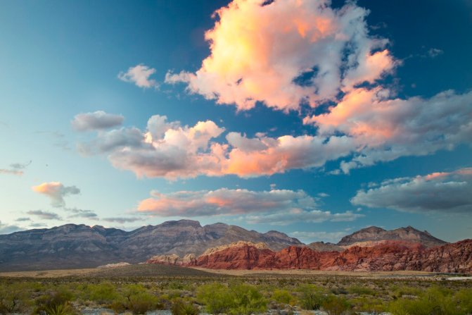 Red Rock Canyon is near Las Vegas. Tweeted by the US Department of the Interior, 11/23/16.