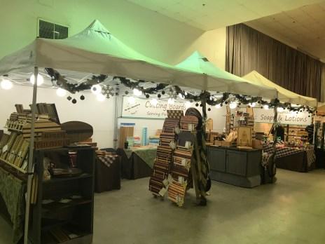 Santa's Art Shop 2017 - 01