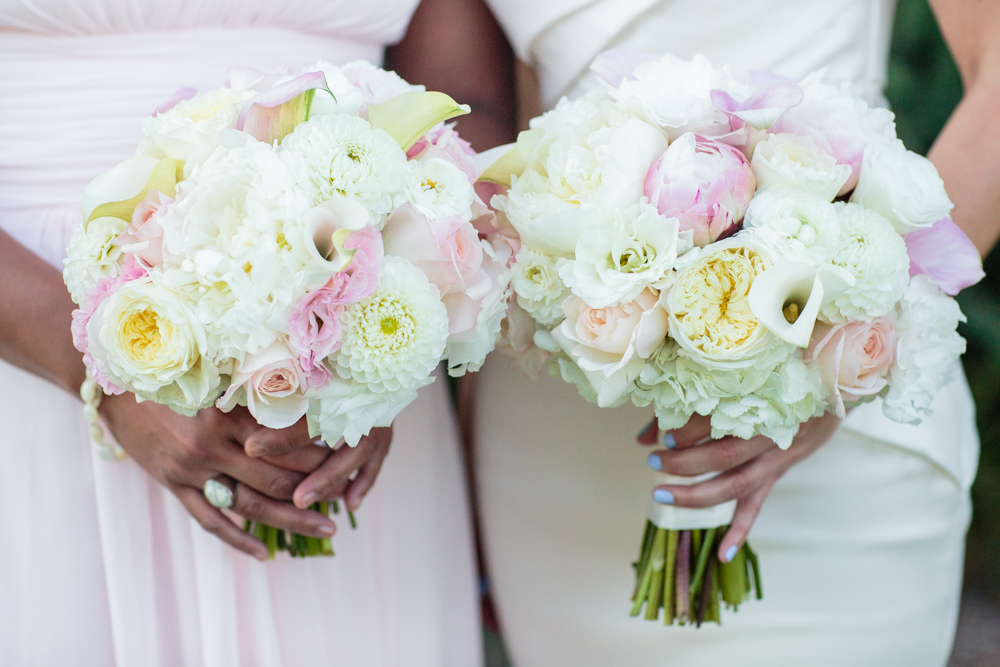 white and blush bridal bouquets, white dahlias, mini calla lilies, peonies, garden roses, blush roses