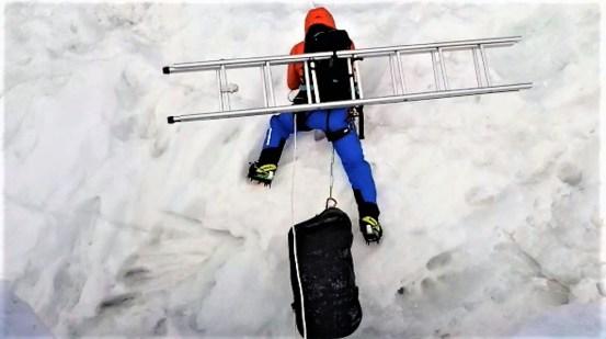 Everest invernal 2018 alex txikon cascada khumbu 2