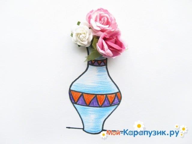 Krok za krokem kreslení váza s barevnými tužkami - Fotografie 16