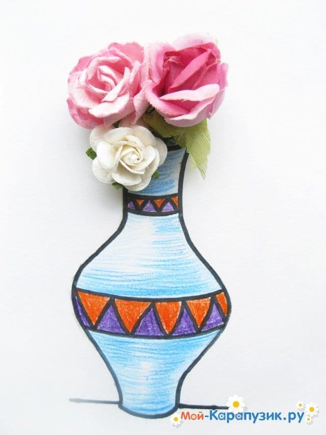 Krok za krokem výkresu váza s barevnými tužkami - foto 17