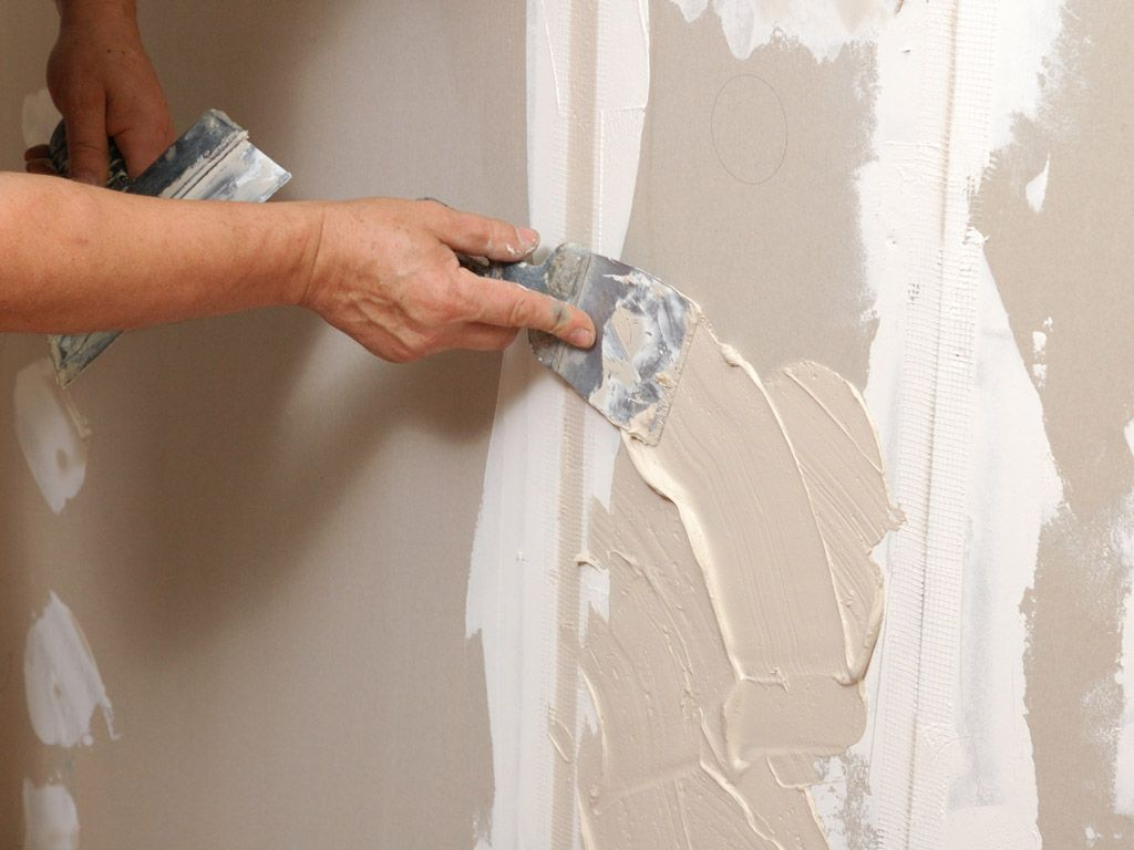 Comment Tapisser Une Piece Pour L Agrandir murs de mastic avant de tapisser. dois-je appliquer du