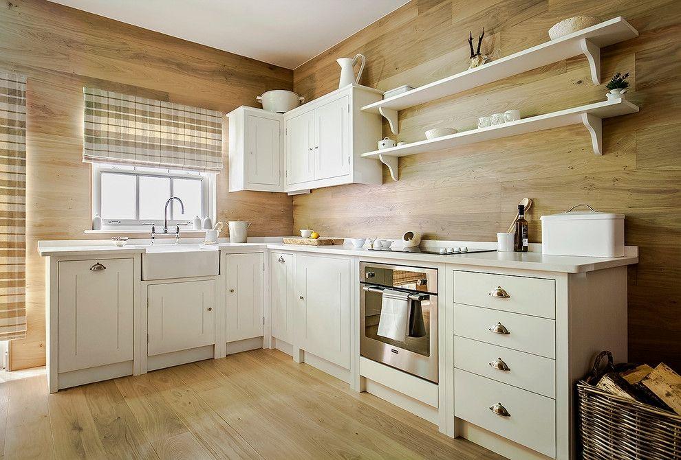 дизайн кухни с окном в рабочей зоне фото в частном доме 3