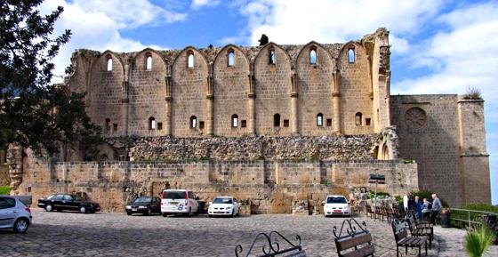 индивидуальные экскурсии в аббатство Беллапаис Кипр