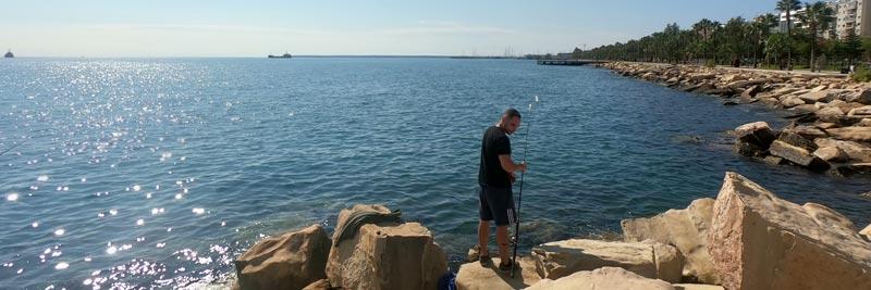 морская рыбалка с берега