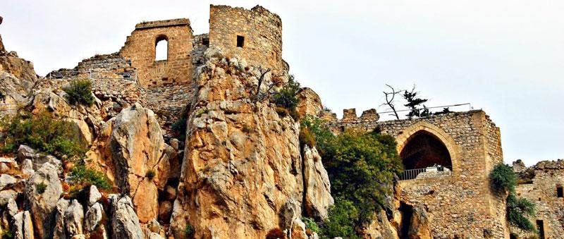Экскурсии по Северному Кипру замок Иллариона