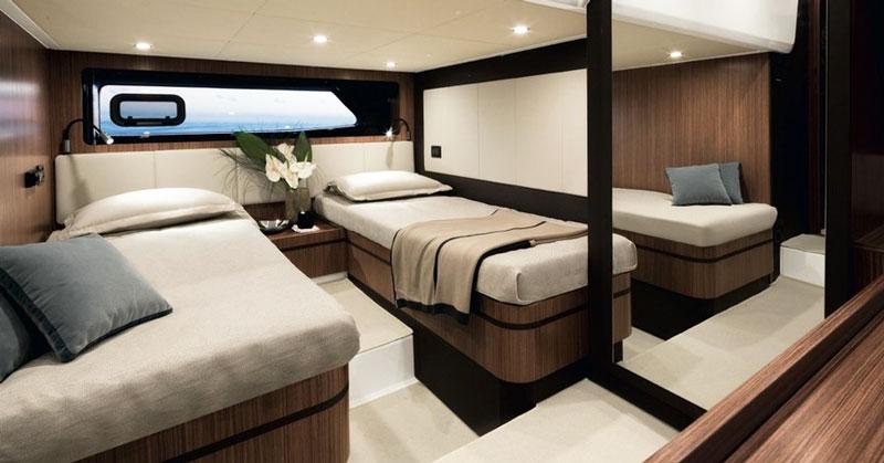 Продажа яхты azimut atlantis 43 на Кипре