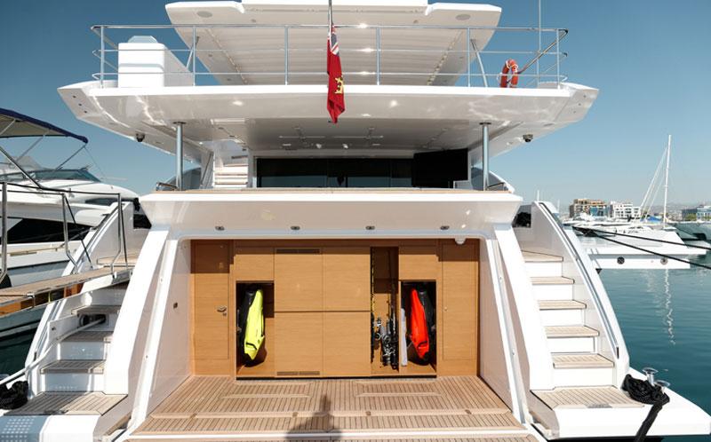яхты azimut grande 35m Кипр заказать