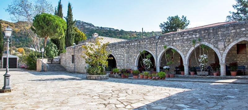 Монастырь Айя Мони Кипр