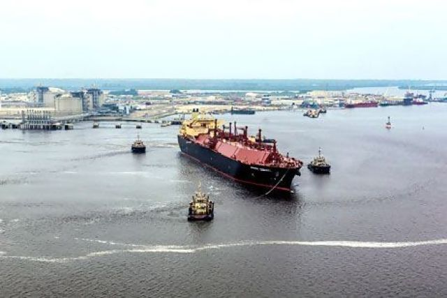 Angola LNG to resume in 2015