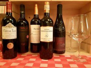 onze rode wijn aan de kaart