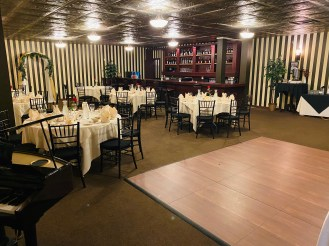 Beechwold Tavern Room