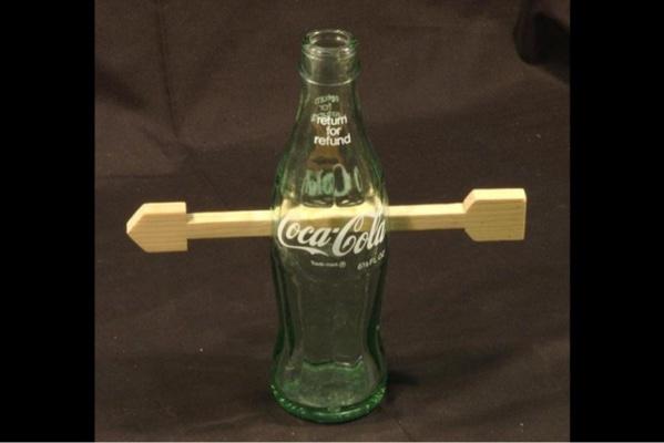 Nemožný hlavolam Šíp v lahvi