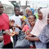 CEO Fitt Hotel and Lounge Mr. Feyisayo Adeniyi Donates to the People of ITIRE Community During COVID-19 and Peaceful Protest