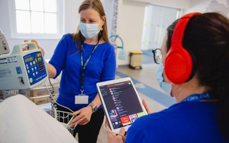 MediMusic's MediBeat prescribes music to reduce pain & anxiety