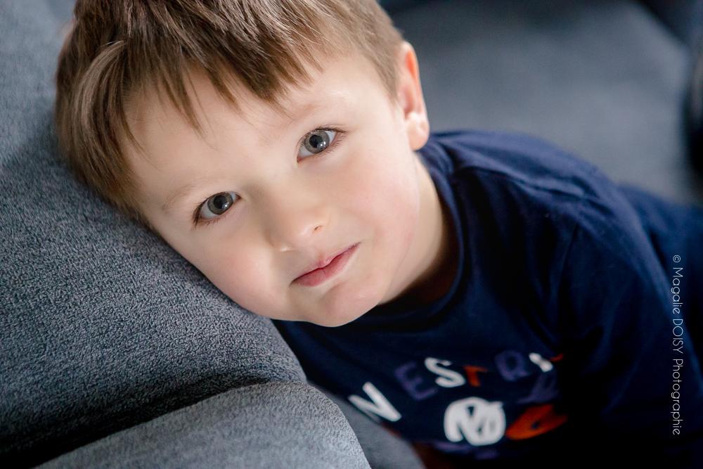 Photographe Caen séance enfant à domicile