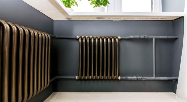Радиатор отопления - тема данного материала в рамках которого мы вместе с экспертами поговоримо том, как выбрать данный элемент отопительного оборудования правильно.